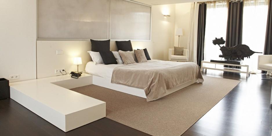 h tel romantique barbizon roomforday. Black Bedroom Furniture Sets. Home Design Ideas